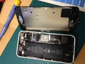 iPhone5c_水没_150416_02