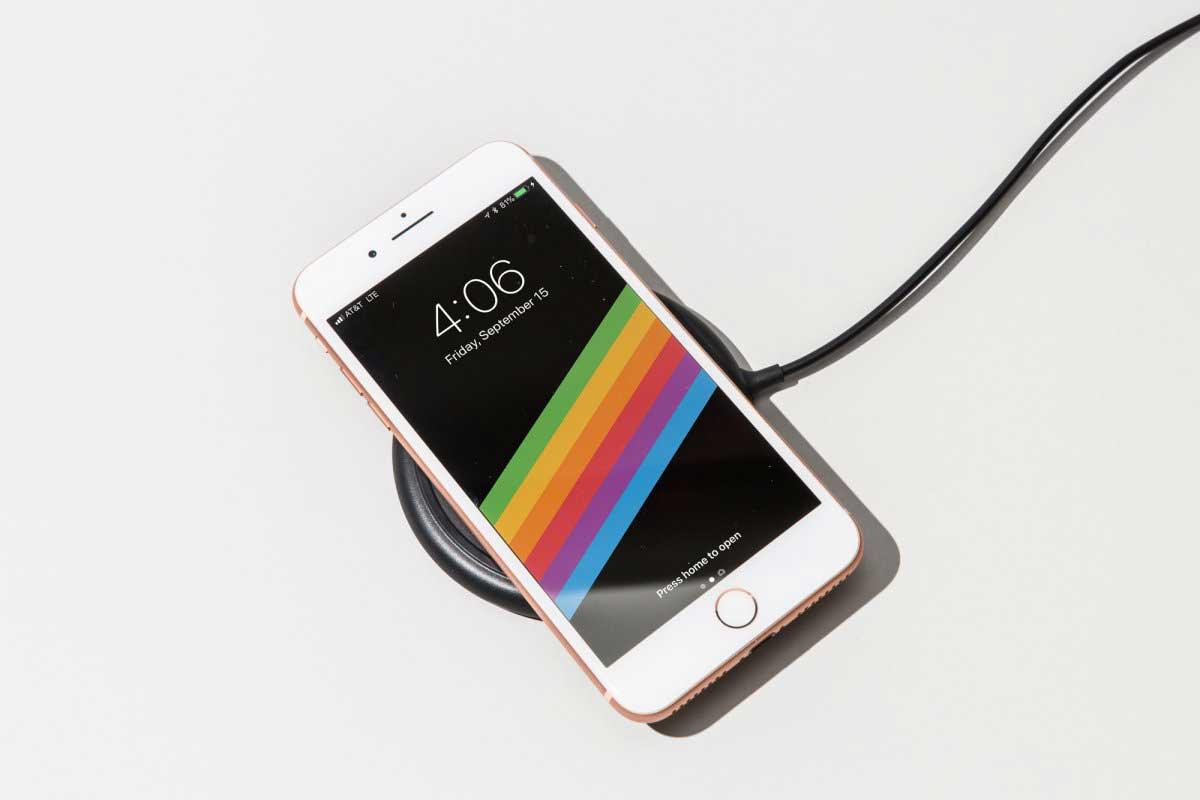 iphone8とiPhone8plusは、ワイヤレス充電に対応